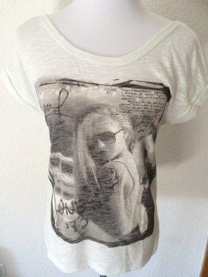 leicht durchsichtiges weiss / cremefarbenes T-Shirt von Only - Gr. S