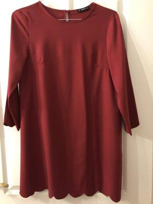Leicht fallendes Kleid in Größe M