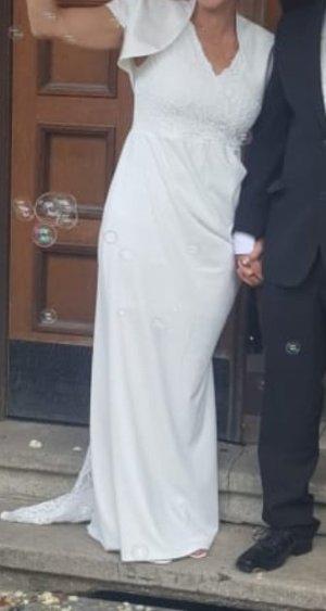 Leicht fließendes Brautkleid Gr.38