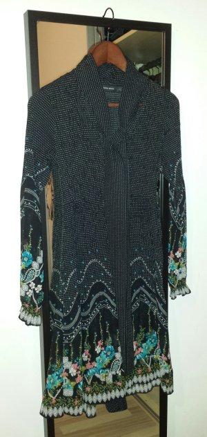 Leicht transparentes Blümchenkleid von Zara