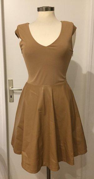 Leicht transparentes Kleid in einem beige Gr.XS von Supertrash