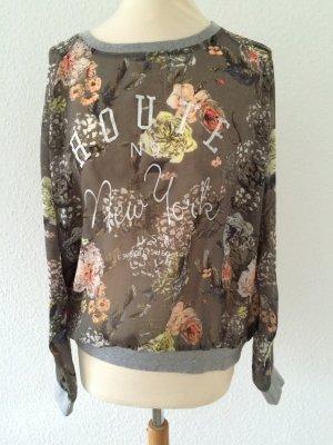 Leicht transparentes Shirt mit Flower-Print College-Style