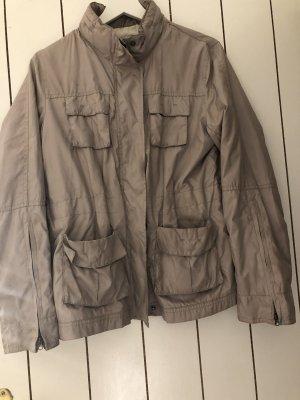 Leichte Blazer-Jacke von Zara