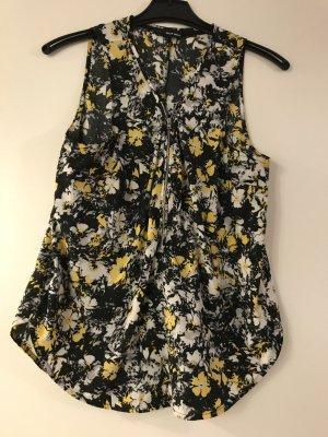 Leichte Bluse mit modischem Muster