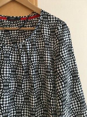 leichte Bluse mit Muster in schwarz, weiß, rot