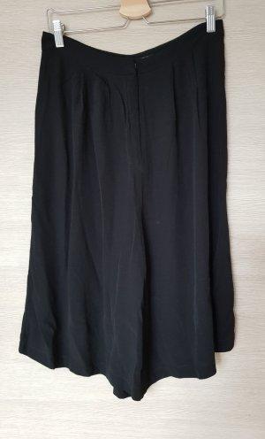Leichte Culotte in schwarz