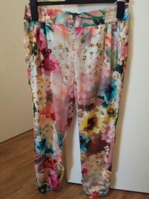 Leichte, geblümte Designer-Sommerhose aus einem angenehmen Stoff, lang, stylisch