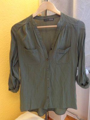 leichte grüne Bluse mit 3/4 Arm