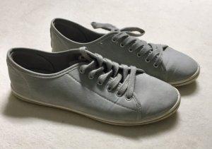 Leichte hellgraue Sneaker von Jumex