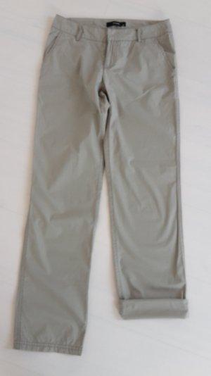 Leichte Hose für den Sommer