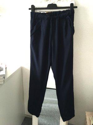 Leichte Hose in Größe 36 AMISU 36