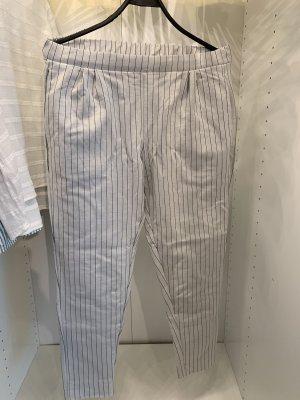 Leichte Hose mit elastischem Bund M