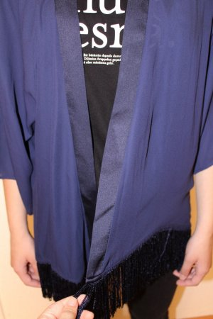 leichte Jacke blau marinenblau mit Fransen weit luftig