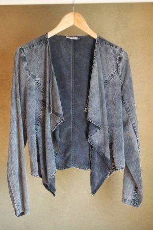 Leichte Jacke/Blazer in grauer Jeansoptik von ONLY