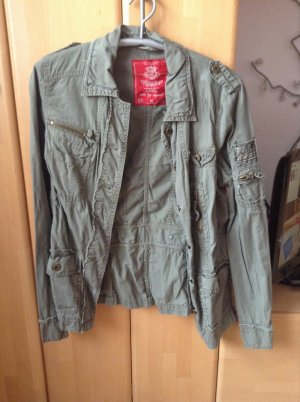 Leichte Jacke Used Look