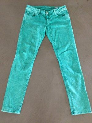 Leichte Jeanshose der Marke Mavi