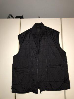 Leichte Männer Steppweste schwarz 2 Taschen Grösse 54 - selten getragen - kann m.Mg. nach auch von Frauen getragen werden!