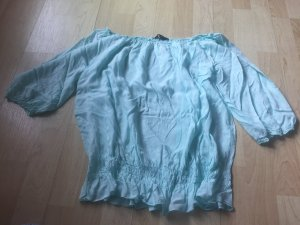 Leichte Mint-farbende Bluse