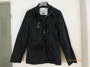 Leichte Nylon-Jacke von Tom Tailor, Gr. S