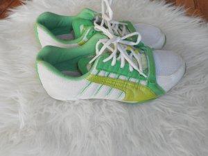 leichte Puma Sneaker