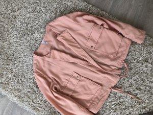 Leichte rosa Jacke