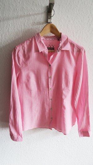 leichte schicke Bluse mit süßem Muster im Kragen