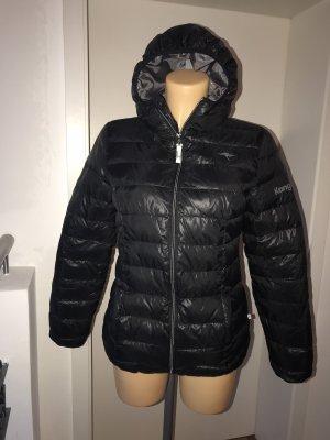 Leichte schwarze Daunenjacke * mit Kapuze * klein und warm