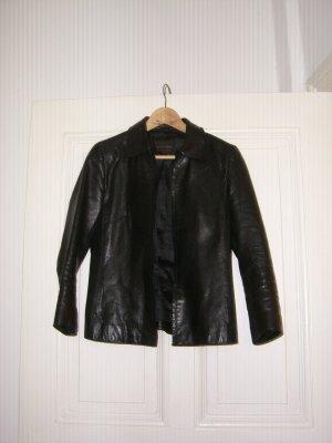 leichte schwarze Lederjacke