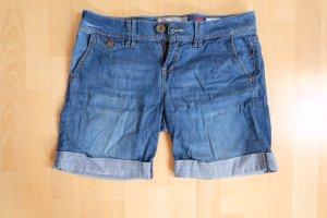 Leichte Shorts im Jeanslook