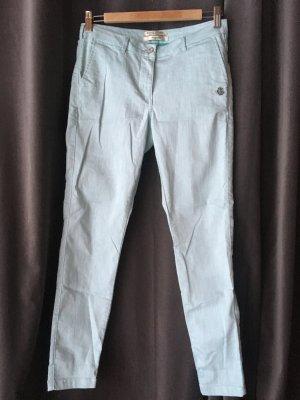 Leichte Skinny Jeans in hellem Türkis/Blau