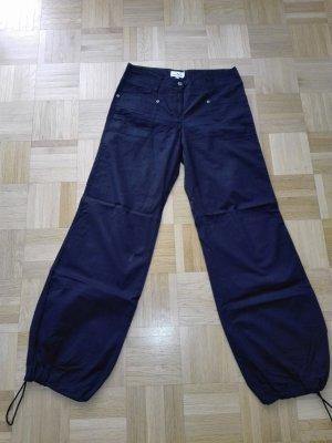 leichte Sommer Hosen in schwarze Farbe aus Baumwolle-polyamid Mischung