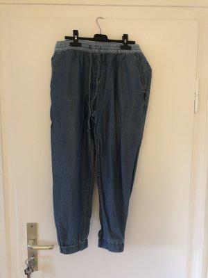 Leichte Sommerhose in jeansoptik