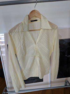 Leichte transparente Bluse in zartem Gelb