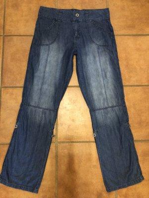 Leichte Turn up Jeans