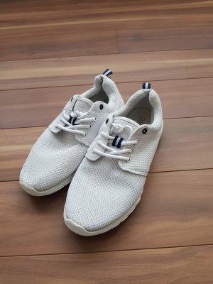 leichte Turnschuhe Sneaker in weiß Gr. 37