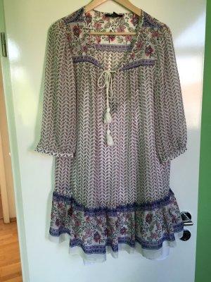 Leichte und tolle Tunika-Bluse im Paisley Hippie-Look von Forever 21