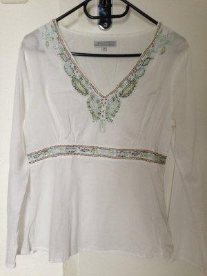 leichte weiße Tunika mit Perlen bestickt