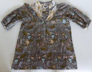 Leichte, weite Sommer-Bluse mit Blumen-Motiv