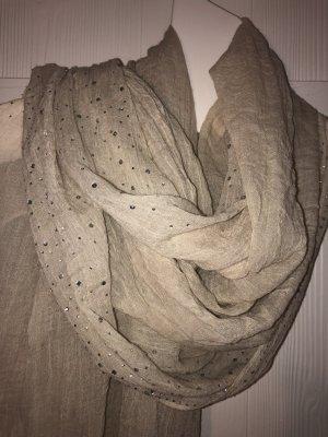 Leichter cremefarbener Schal mit dezentem Glitzer