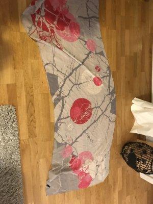 Leichter grau-Pinker Schal