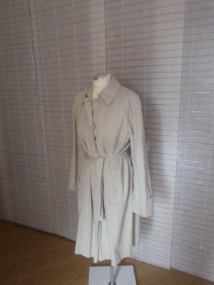 Leichter Mantel  in angesagtem Oversize look, mit Gürtel
