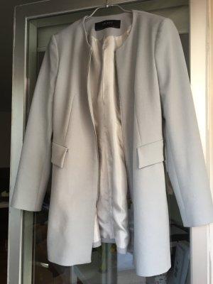 Leichter Mantel in Hellblau von Zara
