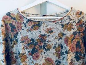Leichter Pullover mit floralem Print