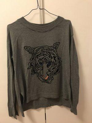 Leichter Pullover mit Tigerkopf Motiv