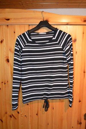 leichter Pullover schwarz-weiß gestreift