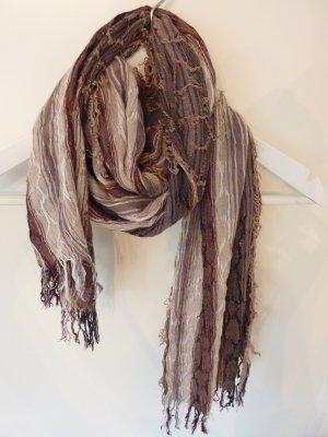 Leichter Schal in Brauntönen