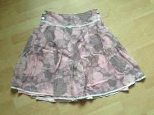 Leichter Sommerrock in zartem rosa