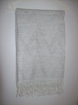 H&M Bufanda de lana blanco puro-gris claro