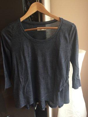 Leichtes 3/4 Shirt mit Wickeldesign