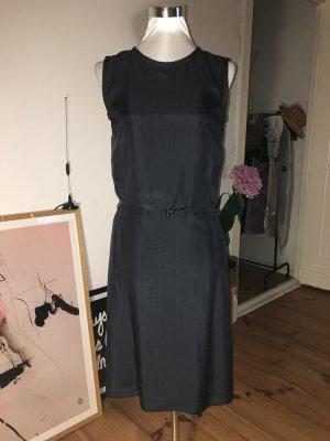 Leichtes dunkelblaues Seidenkleid von JOOP!